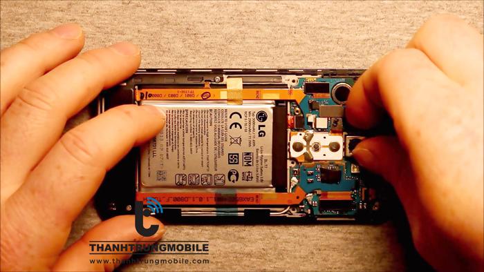 Thay mặt kính cảm ứng LG LTE F160