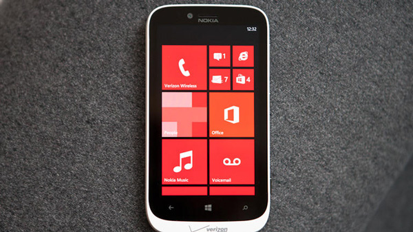 Thay màn hình điện thoại Nokia Lumia 822