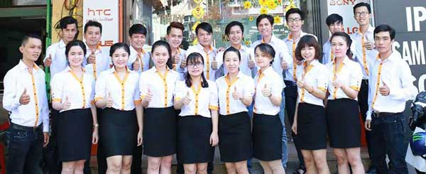 đội ngũ nhân viên Thành Trung Mobile