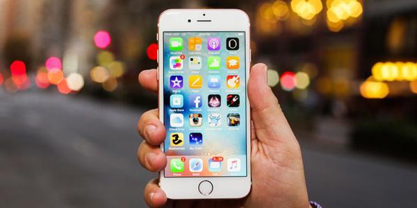 Mẹo mở iPhone 7 không cần bấm nút nguồn