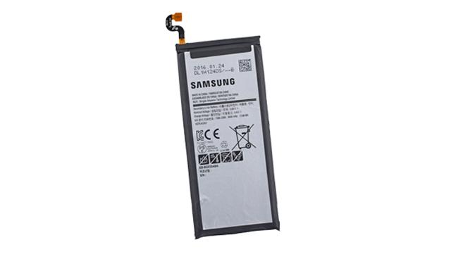 thay-pin-samsung-c7-3