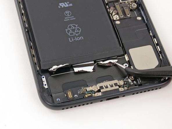 tu-thay-pin-iphone-7-plus-14