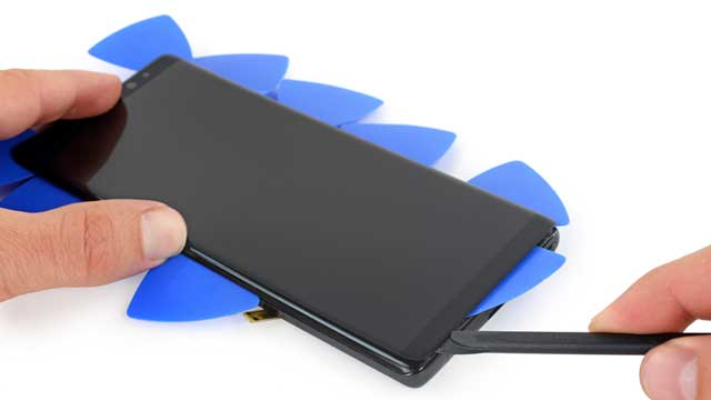 ep-thay-mat-kinh-cam-ung-samsung-note-8-2