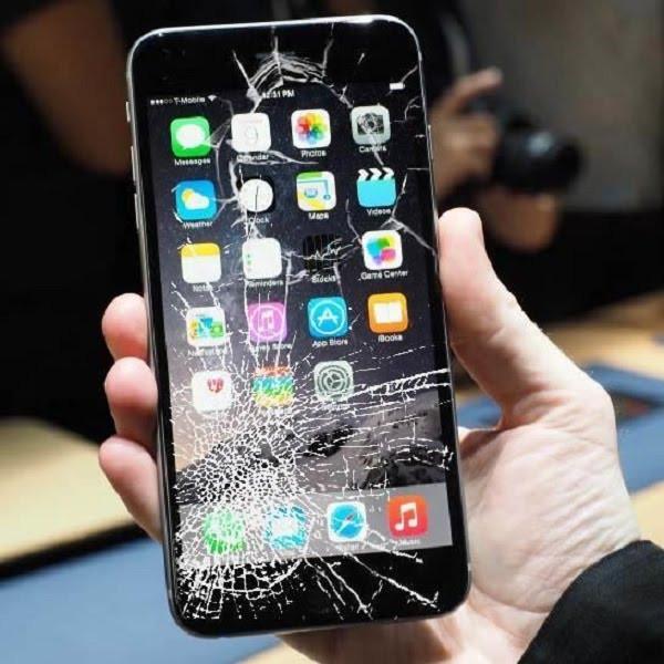 tac-hai-ban-can-biet-khi-co-tinh-su-dung-smartphone-bi-nut-mat-kinh-2