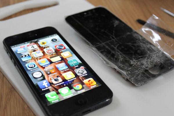 thay-man-hinh-iphone-5-2
