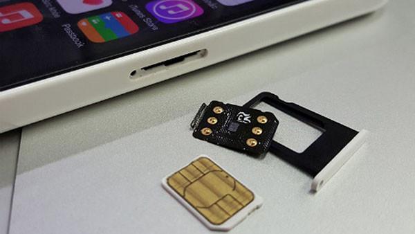 iphone-lock-khong-nhan-sim-ghep-1