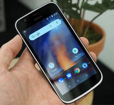Thay pin Nokia 1