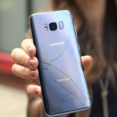 Đánh bóng mặt kính Samsung Galaxy S8, S8 Plus