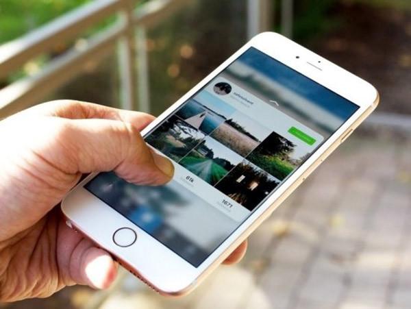 man-hinh-iphone-7-plus-bi-loan-cam-ung-1