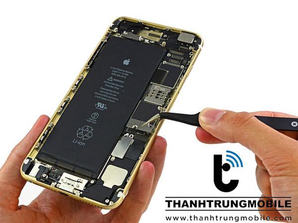 sua-iphone-6-mat-song