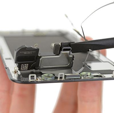 Thay màng loa iPhone