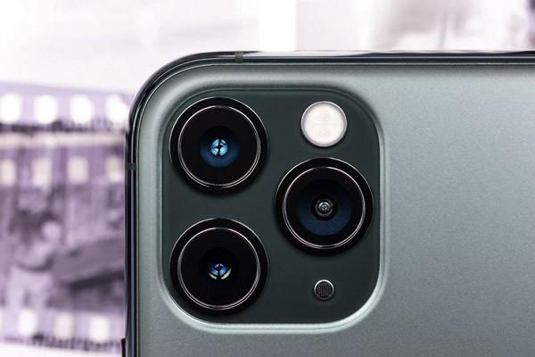 thay-camera-iphone-11-1