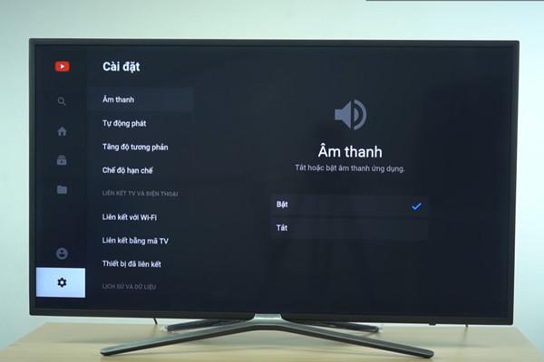 cách kết nối điện thoại với tivi Asanzo qua youtube - 2