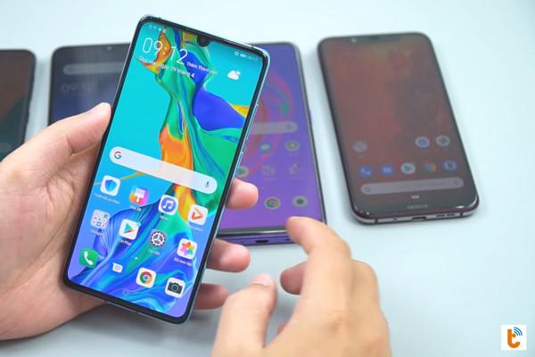 chia đôi màn hình chính Android 9 Huawei - bước 1