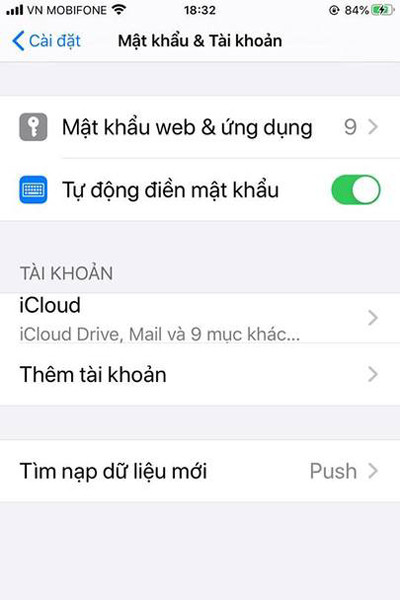 cach-lay-danh-ba-tu-gmail-tren-iphone-03