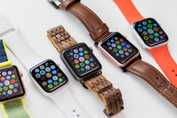 so-sanh-apple-watch-nhom-va-thep-nen-mua-san-pham-nao-6