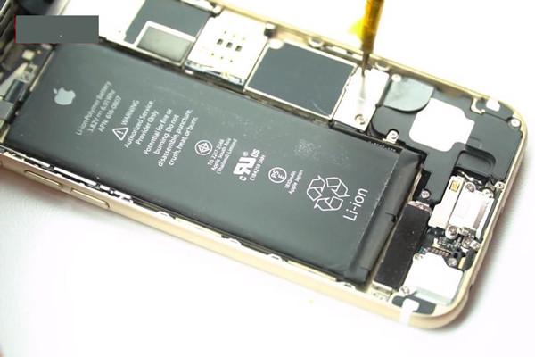nguyen-nhan-va-cach-khac-phuc-loi-camera-iphone-6-bi-den-8