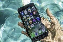 Thay pin iPhone 7 Plus có mất chống nước không - Hướng dẫn cách sạc và bảo vệ pin sau khi thay