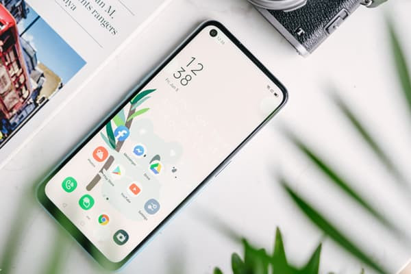 thay-mat-kinh-oppo-a92-1