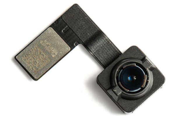thay-camera-ipad-pro-1