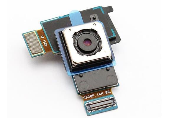 thay-camera-samsung-galaxy-s8-1
