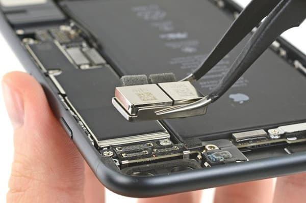 Hình ảnh thay camera sau iphone 7 Plus