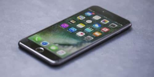 Hướng dẫn cách cài đặt báo thức trên iPhone 7 Plus đơn giản