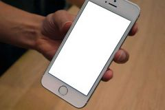 Sửa màn hình iPhone bị trắng xóa một cách dễ dàng