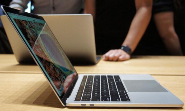 thay-pin-macbook-pro-2015-2
