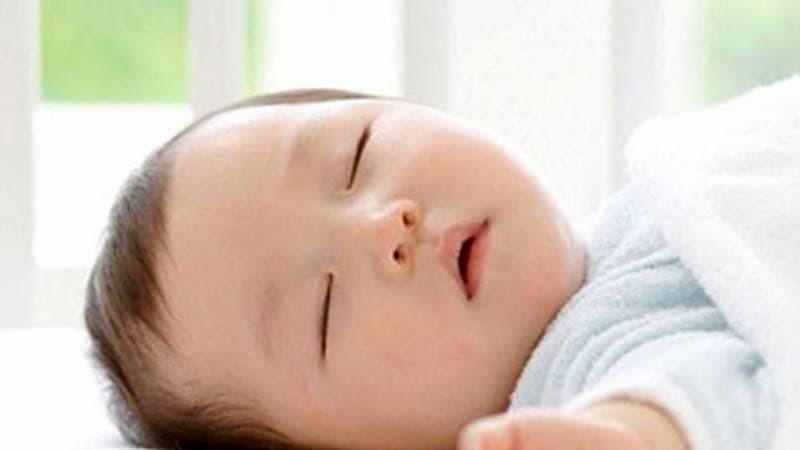 Top 5 siro cải thiện giấc ngủ, cho bé ngủ ngon tốt nhất hiện nay