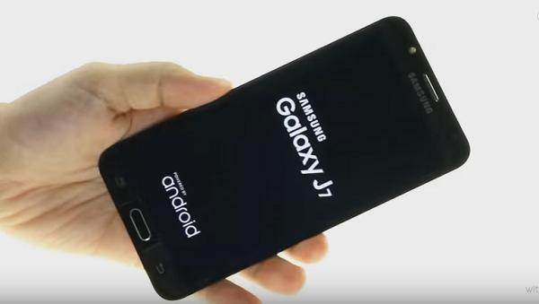 Thủ thuật sửa nhanh lỗi Samsung Galaxy J7 Prime, J7 Pro treo logo