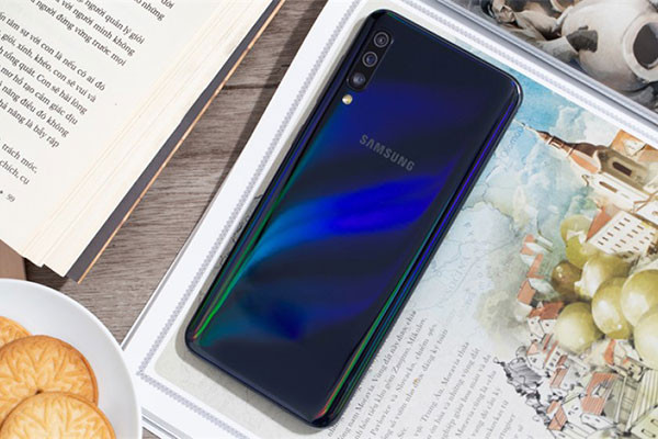 Sửa Samsung A50 loạn cảm ứng