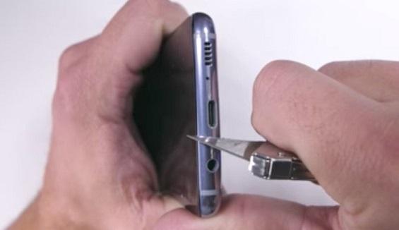 Samsung Galaxy S8 bị tra tấn đủ kiểu nhưng không nổ